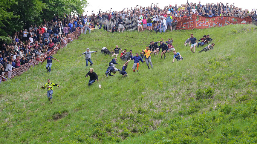 Abbeymead cheese rolling event