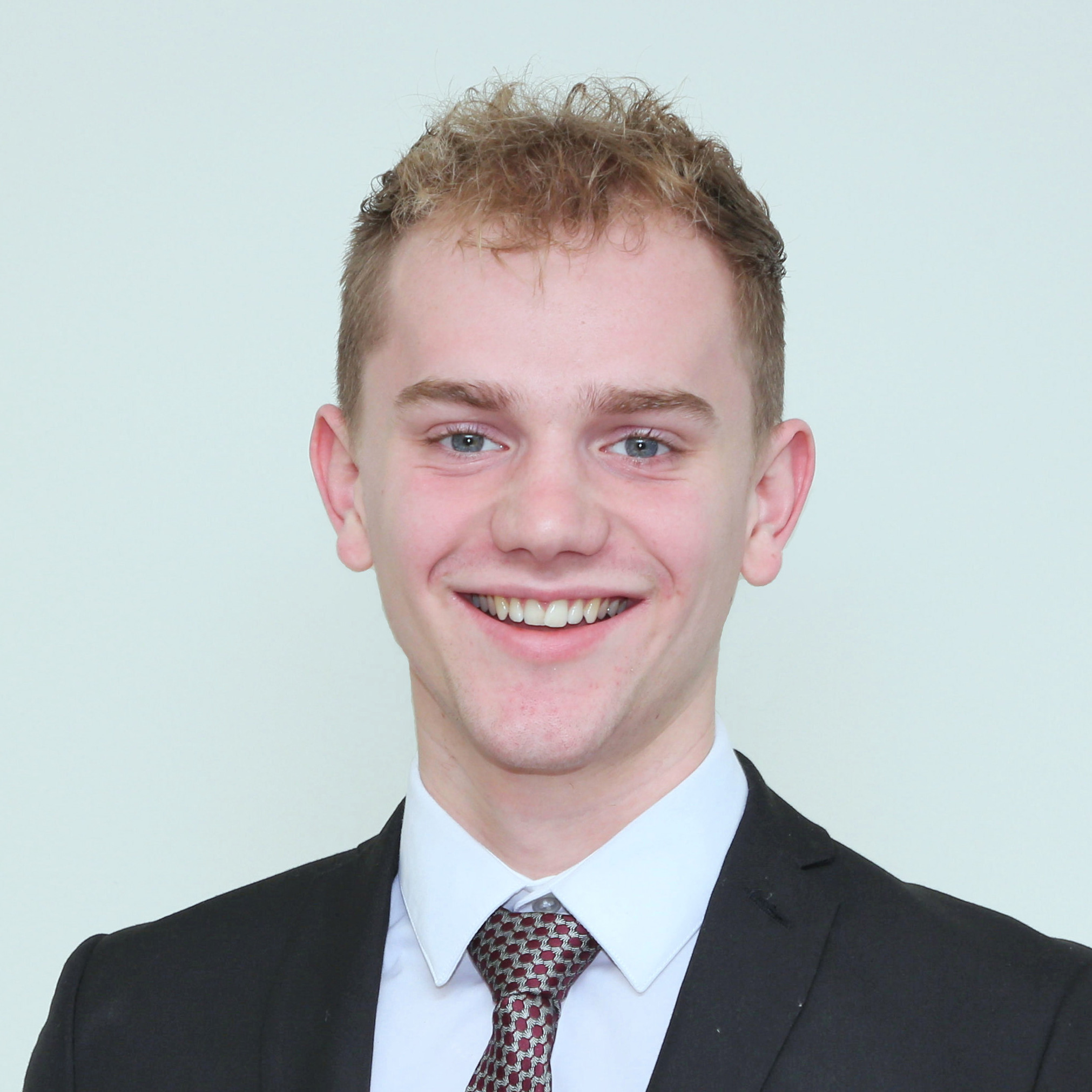Oliver Farr Sales & Lettings Negotiator